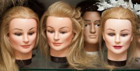 przeznaczenie, karty, teatr, miłość, aktorka, mąż, żona, fryzjer, peruka