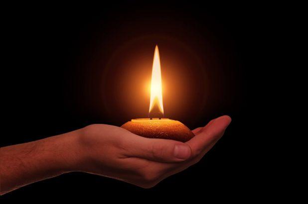 Magia płonącej świecy