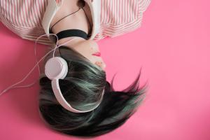 Muzykoterapia: utwory na konkretne schorzenie ciała albo duszy