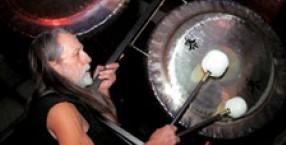 Don Conreaux, bębny, gongi, OM, Dźwięk Życia, AUM