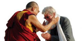 modlitwa, psychoanaliza, buddyzm, terapie, medytacje, Tybet, Dalajlama, codzienność, Richard Gere