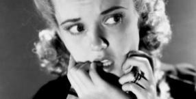 psychologia, pomoc, strach, uroda, nerwy, dłonie, paznokcie, obgryzanie
