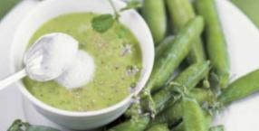 warzywa, sałatka, gotowanie, kuchnia pięciu przemian, kuchnia, danie, fasolka szparagowa