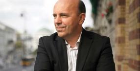 """Doktor Andrzej Ignaciuk, """"pan od urody"""", ekspert medycyny estetycznej"""