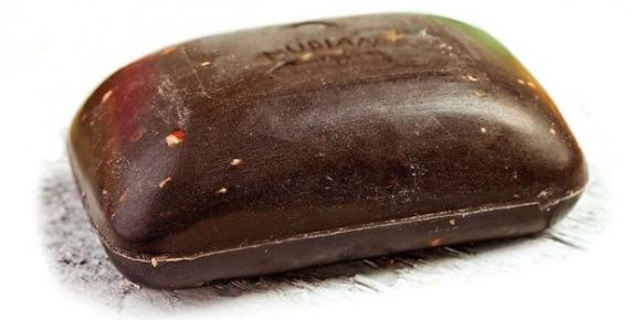 Domowe kosmetyki: czarne mydło